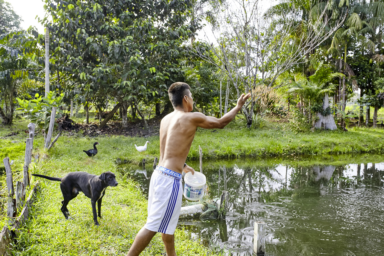 Poverty reduction_Columbia_fish_farming_Amazonia_2016-07-17_Columbia_MG_1395.jpg