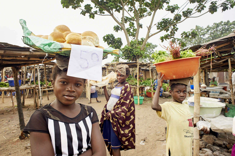 Health_DR_Congo_Mbujimayi-market-toilet_20160804_Kongo_Mbujimayi_Market_003.jpg