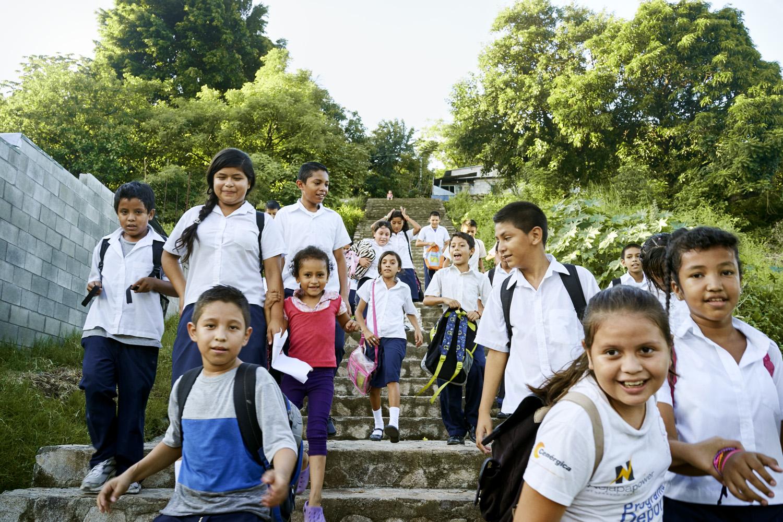 Inequalities_El_Salvador_Santa-Carlota-1-School&Community_20120101_El_Salvador_DSC05129.jpg