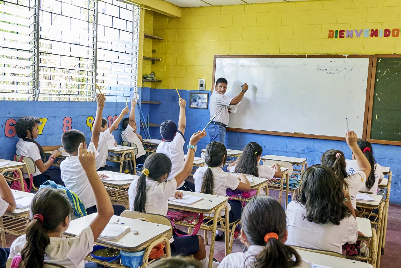 Inequalities_El_Salvador_Santa-Carlota-1-School&Community_20160721_El_Salvador_DSC08638.jpg