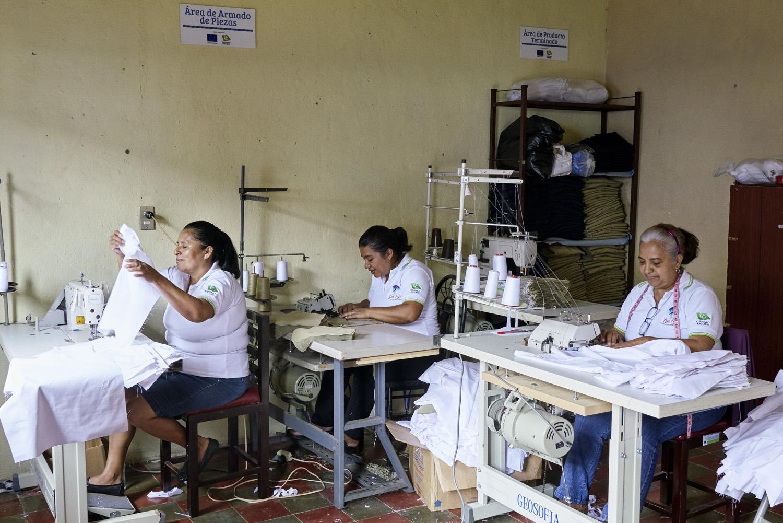 Inequalities_El_Salvador_Tailer-business-women_20160723_El_Salvador_TBW_02.jpg