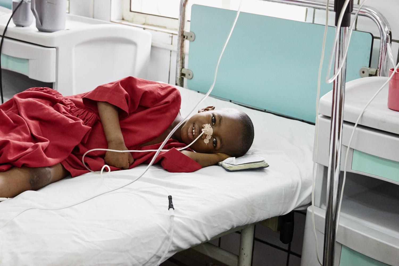 Health_Sierra_Leone_Emergency-hospital_20160720_SierraEMERGENCY_CC_0151.jpg
