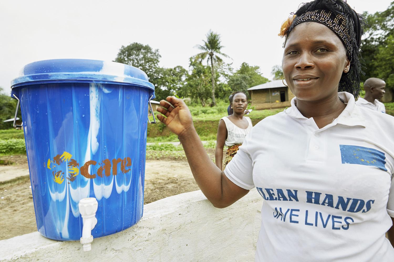 Poverty_reduction_Sierra_Leone_OXFAM_Water_20160719_SierraLeone_OXFAM_CC_8983.jpg