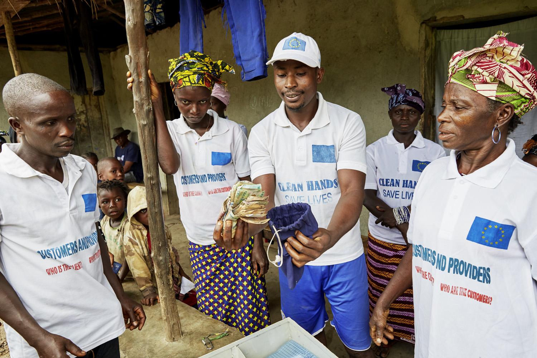 Poverty_reduction_Sierra_Leone_OXFAM_Water_20160719_SierraLeone_OXFAM_CC_9053.jpg