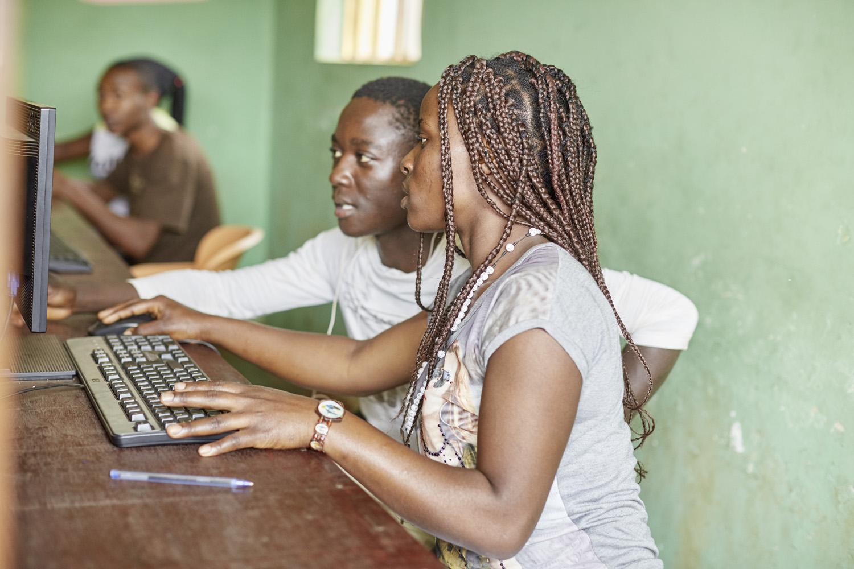 Inequalities_Uganda_Social-cohesion-Bwaise-slum_20160718_Uganda_N6A0206.jpg