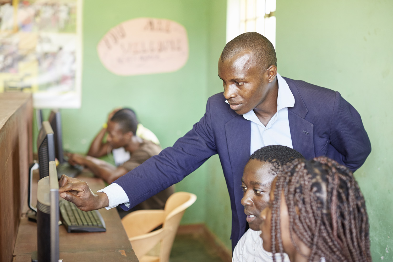 Inequalities_Uganda_Social-cohesion-Bwaise-slum_20160718_Uganda_N6A0232.jpg