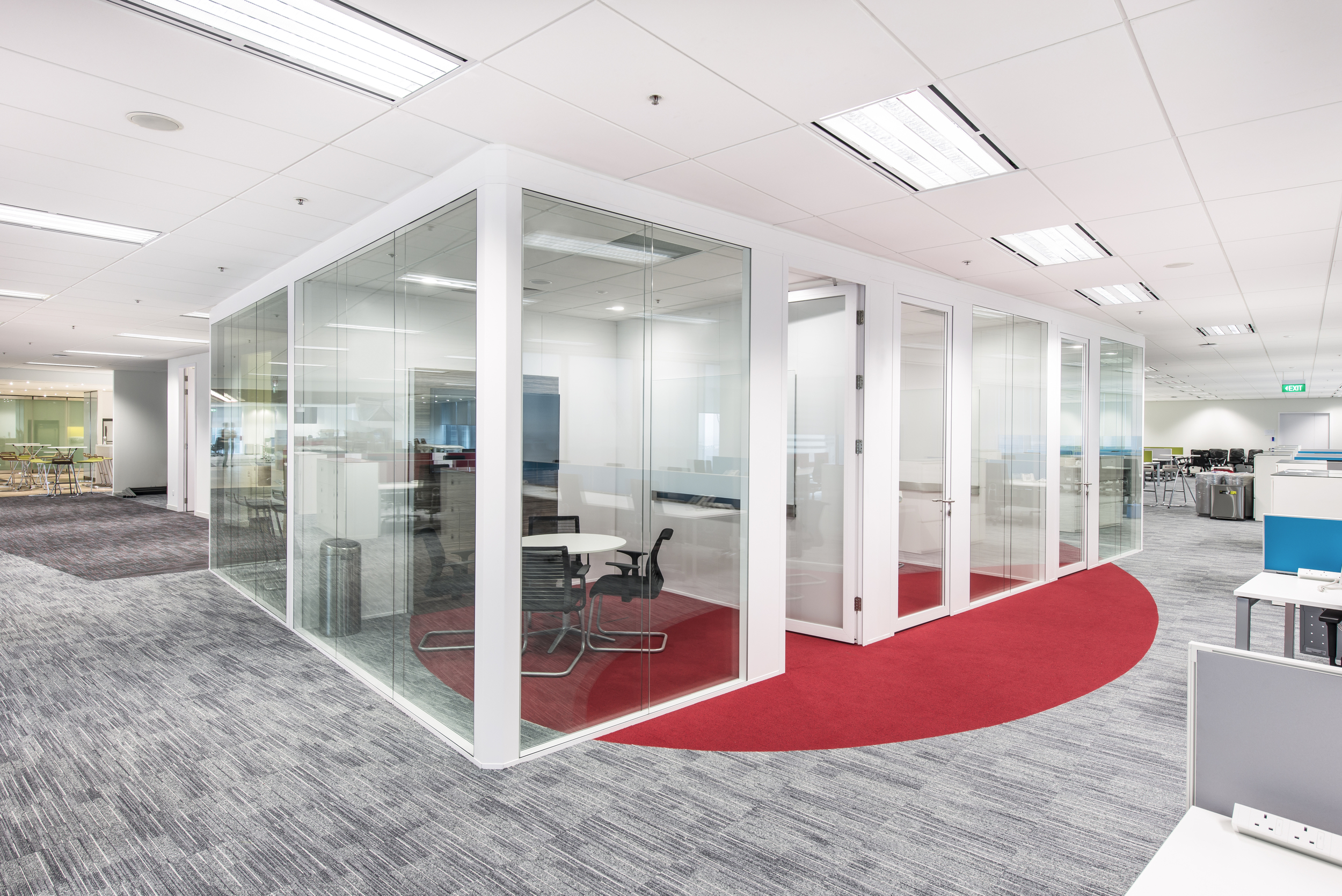 Clestra partitions at Vodafone (Singapore)