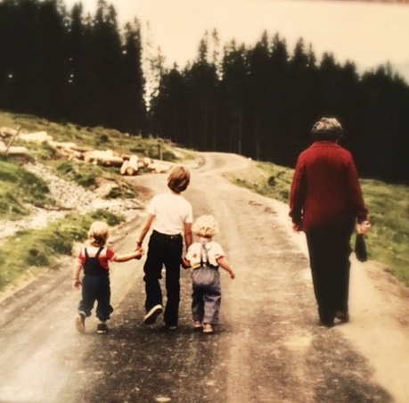 Hiking somewhere in Flumserberg with my cousins and Grossmami (I'm the one in the snappy suspenders).