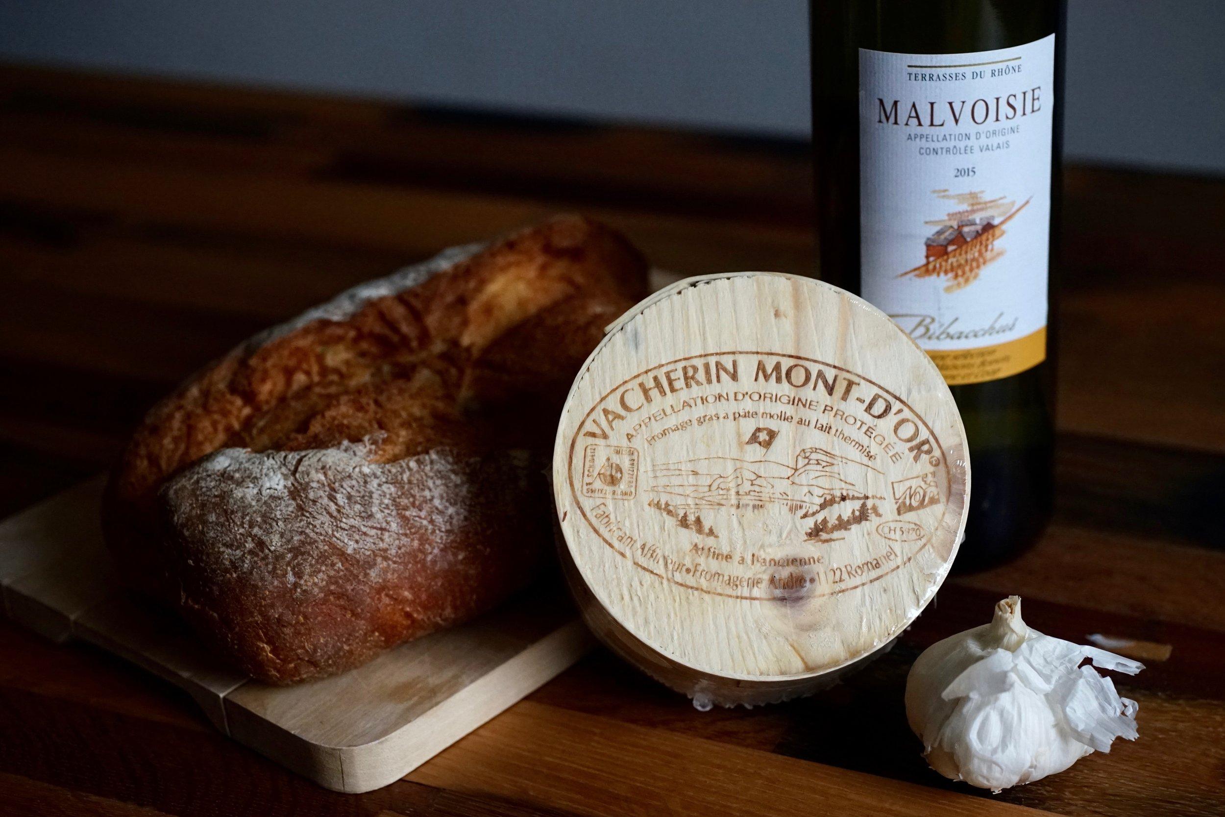 Lazy Fondue? - Vacherin Mont d'Or