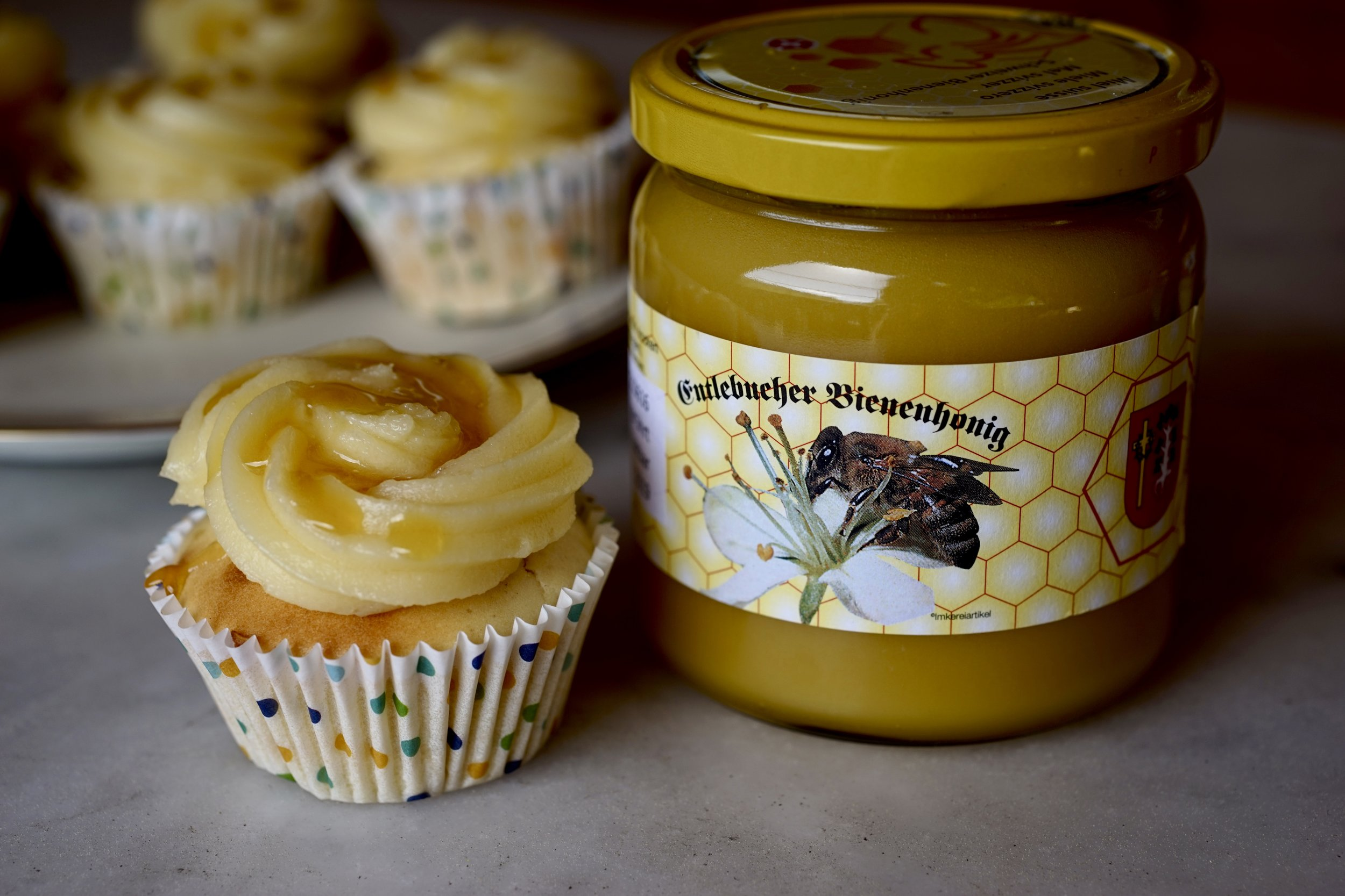 swiss honey cupcakes