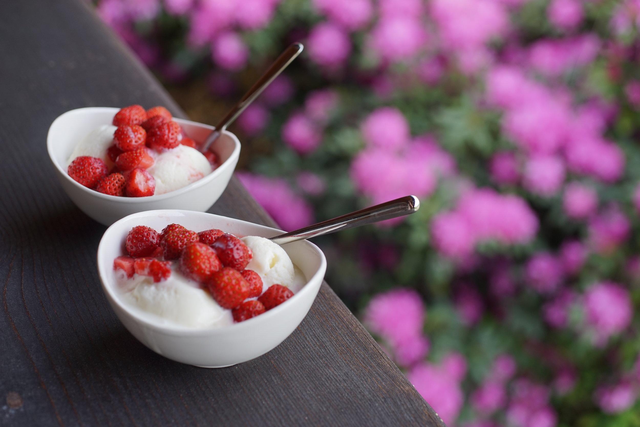 Another summer dessert? - Coupe Romanoff