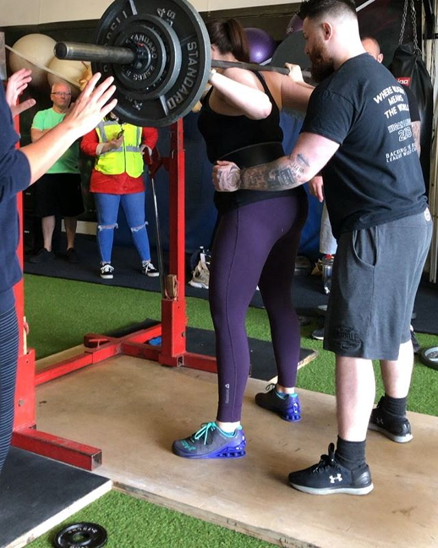 WIGAN BRAWN STARS CLUB POWERLIFTING COMPETITION . First up is @kathrynbreitsprecher competing for her second ever time. She started the day strong, opening on what she finished on at her last competition 8 weeks ago, and going on to get a 10kg PB. . Bench she was a bit unlucky with a few of the press commands and her second was a no lift for downward movement. . By the time deadlifts rolled around  3-4 hours later there was very little left in the tank. . Lots of lessons learned this time, and really proud of her. She listened to all the commands, and now knows what to expect from the standard of reffing at a divisional competition. . 5/9  85kg ⚪️ / 90kg ⚪️ / 95kg Squat ⚪️ 52.5kg ⚪️ / 55kg 🔴 / 55kg ✖️ 110kg ⚪️ / 117.5kg ✖️ / 117.5kg ✖️ . #powerlifting #beginners #strongman #strength #strengthsports #strengthandconditioning #rawstrength #rsg #rawstrengthgym #teamrsg #squat #bench #deadlift