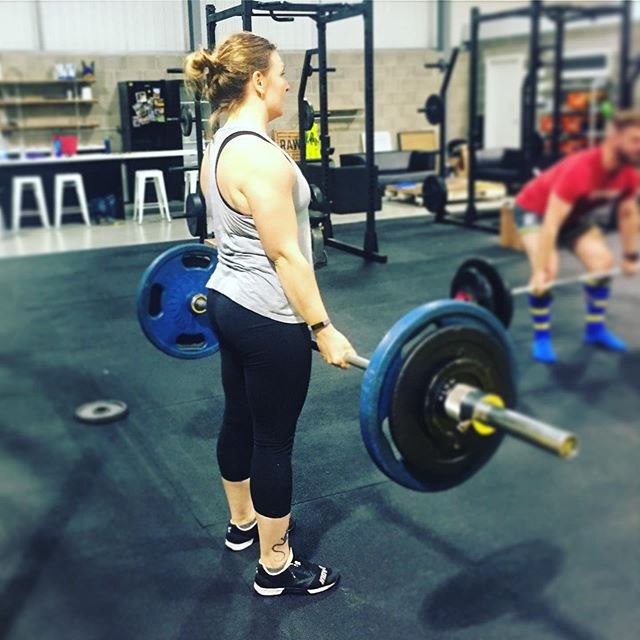 First up this weekend on the platform @fightingfitmanchester Powerlifting Club Comp is @victoria__douglass . She'll be competing for the first time after coming to support the team at our last comp at Hybrid HQ in Wigan. 💛🙌🏼 . #NWPL #NorthwestPowerlifting #NWPLAffiliated #SBD #Novice #Powerlifting #Powerlifter #Strong #NorthWestAffiliateLeague