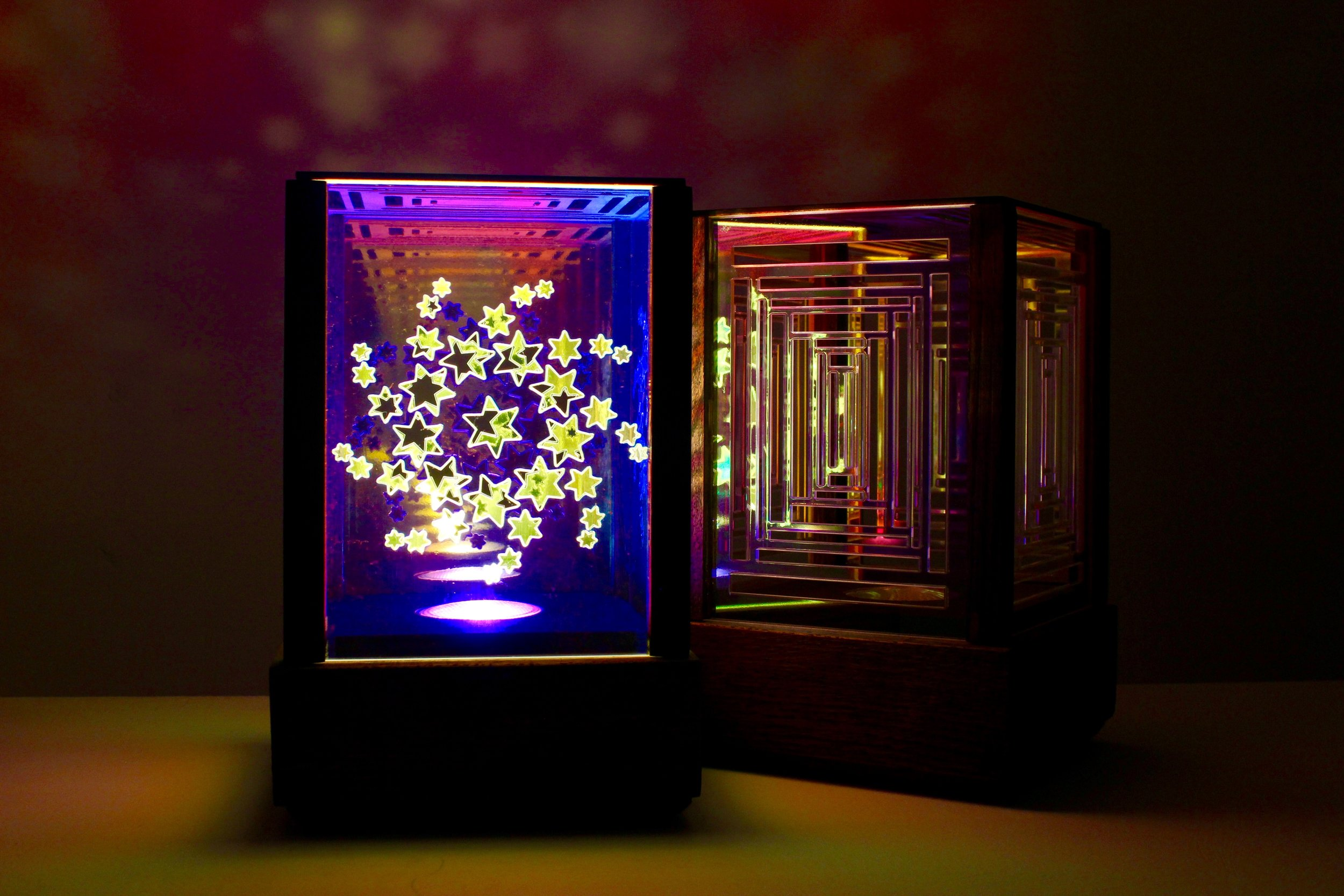 Star Gazer Iridescent Lamp