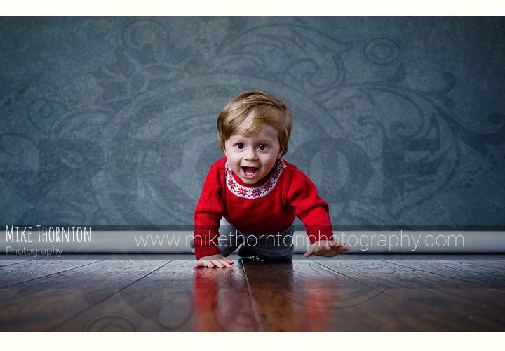 Crawling baby photography