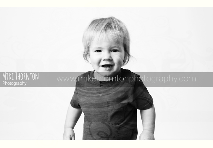 toddler baby photography black and white