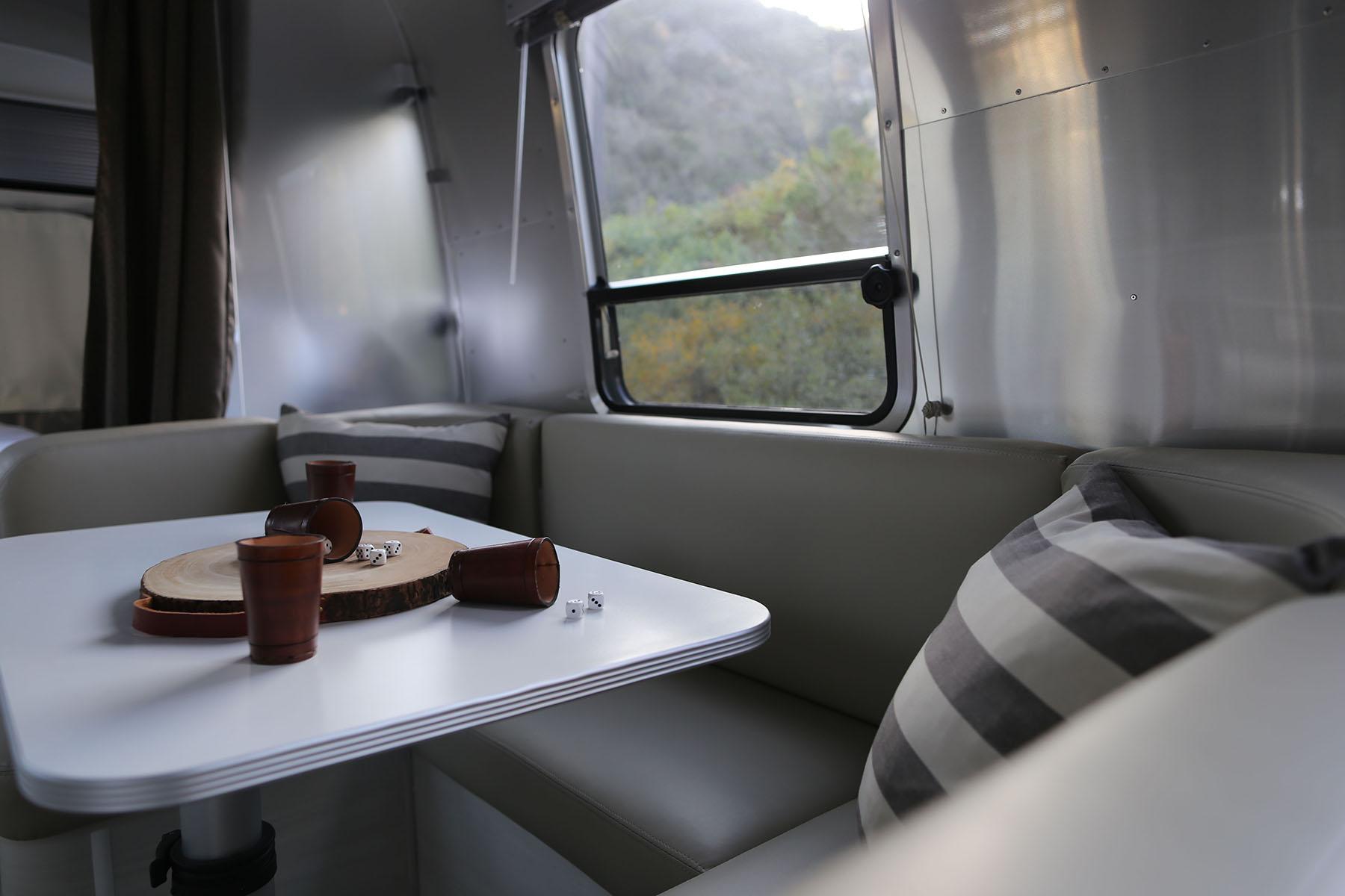 airstream-rental-bambi-sport-22ft-dining.jpg
