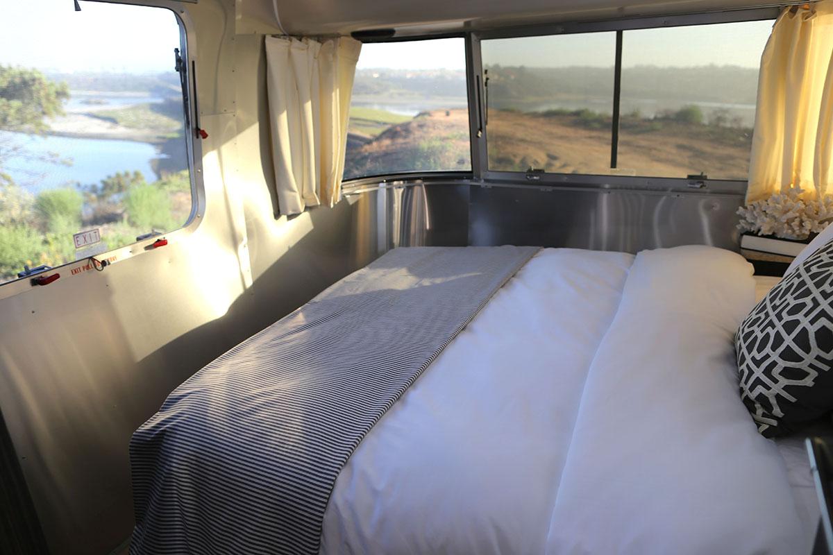 airstream-rental-international-signature-23ft-bedroom-view.jpg