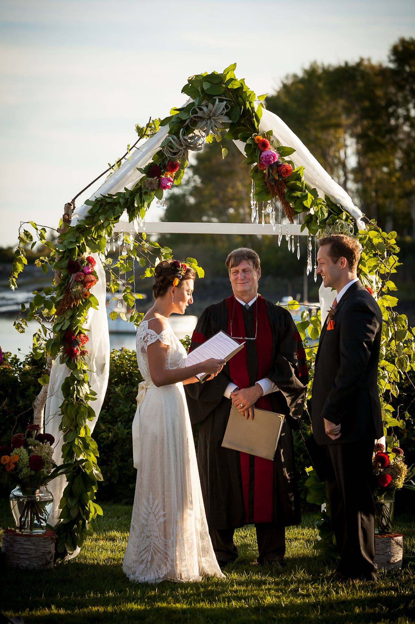 Hari + Mike, September Wedding in Kennebunkport — Vows Seaside
