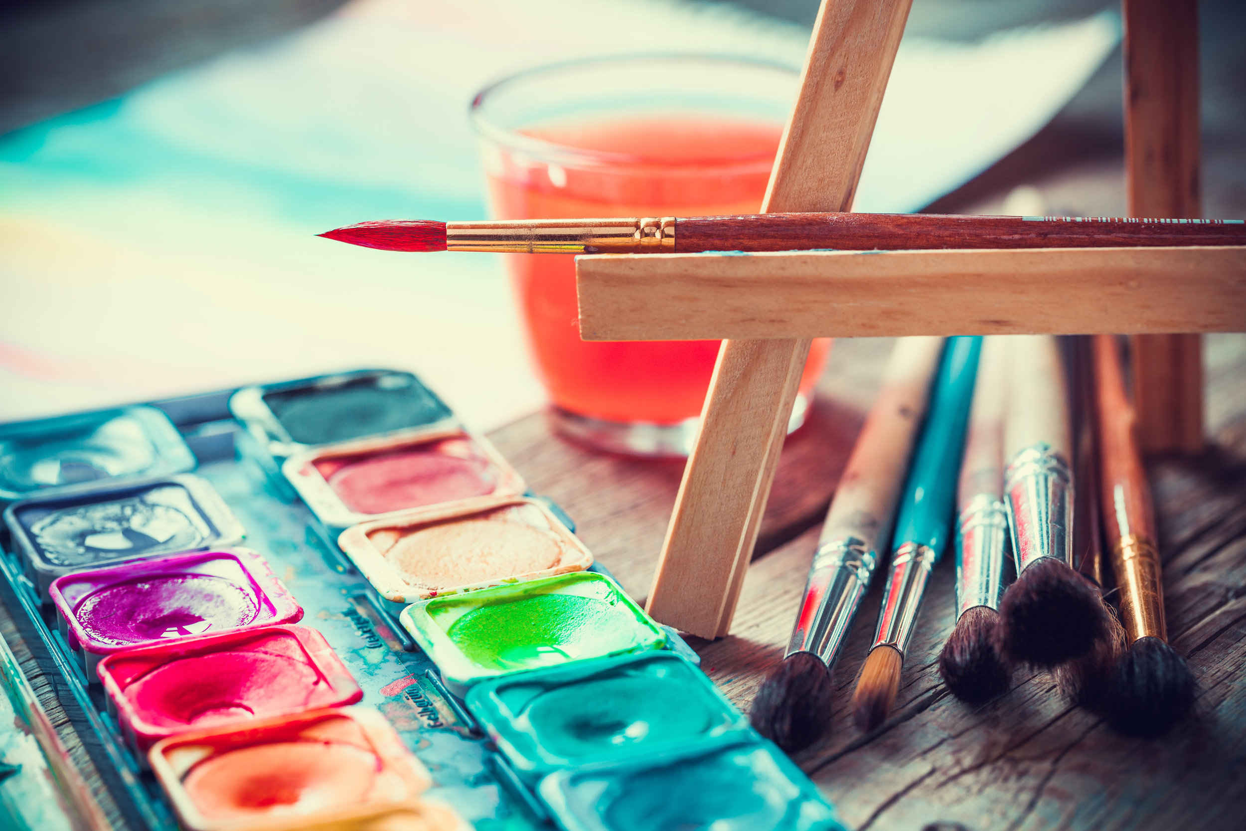 Watercolor_palette_brushes.jpeg
