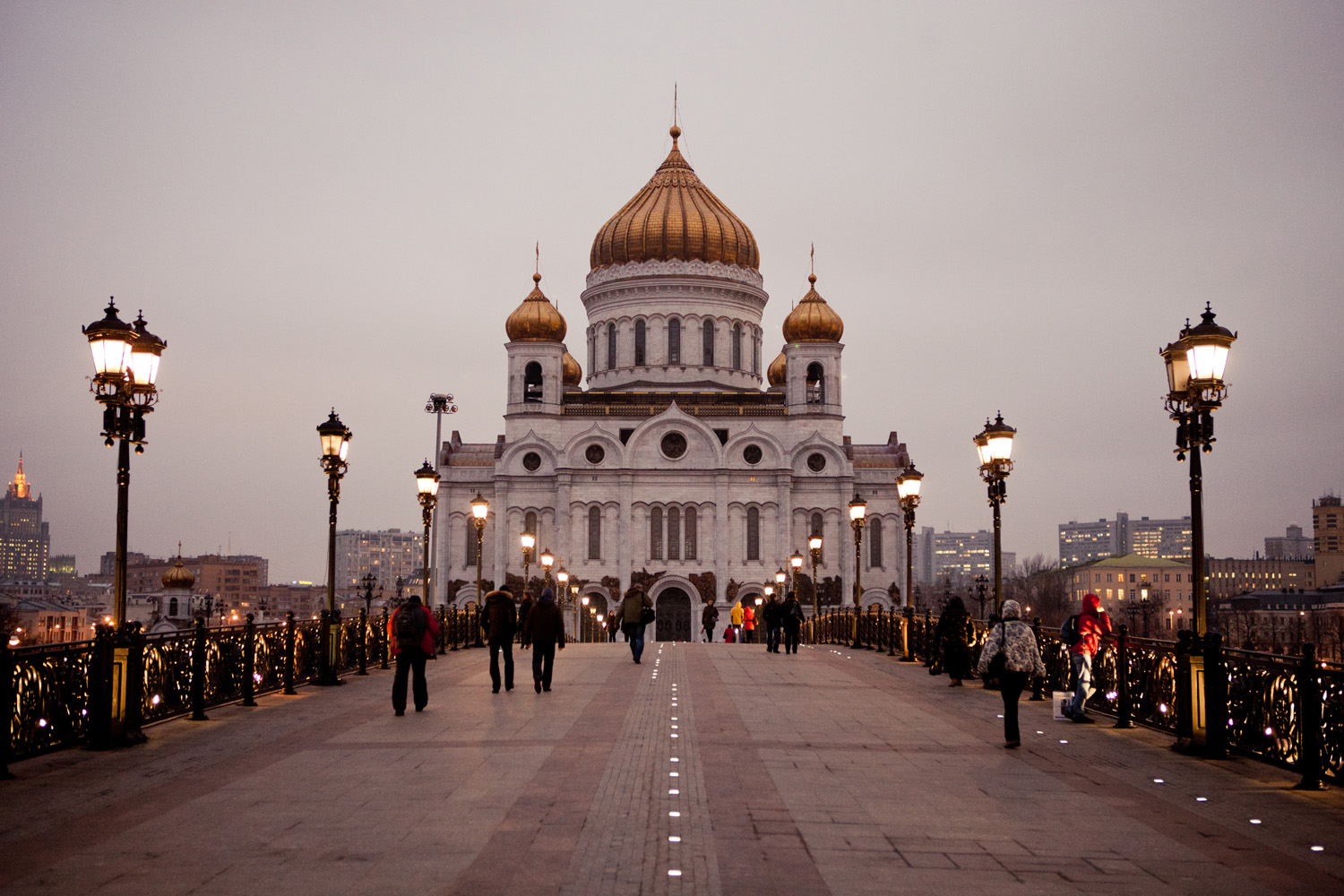 cathedral-of-christ-the-saviour-moscow_8224466015_o.jpg