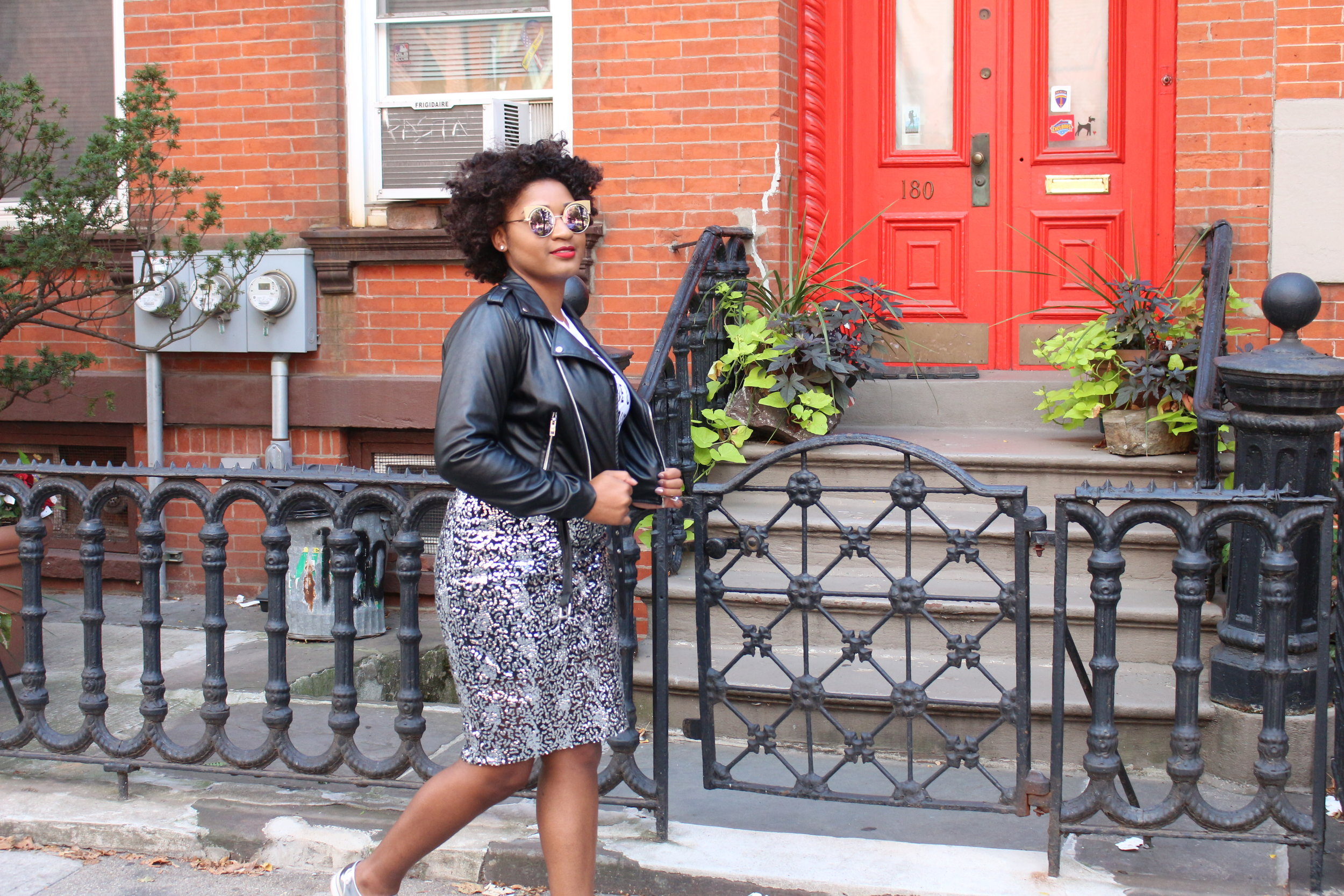 How to Style a Sequin Pencil Skirt + Metallic Oxfords by jasmine cooper, fashion blogger. black blogger.
