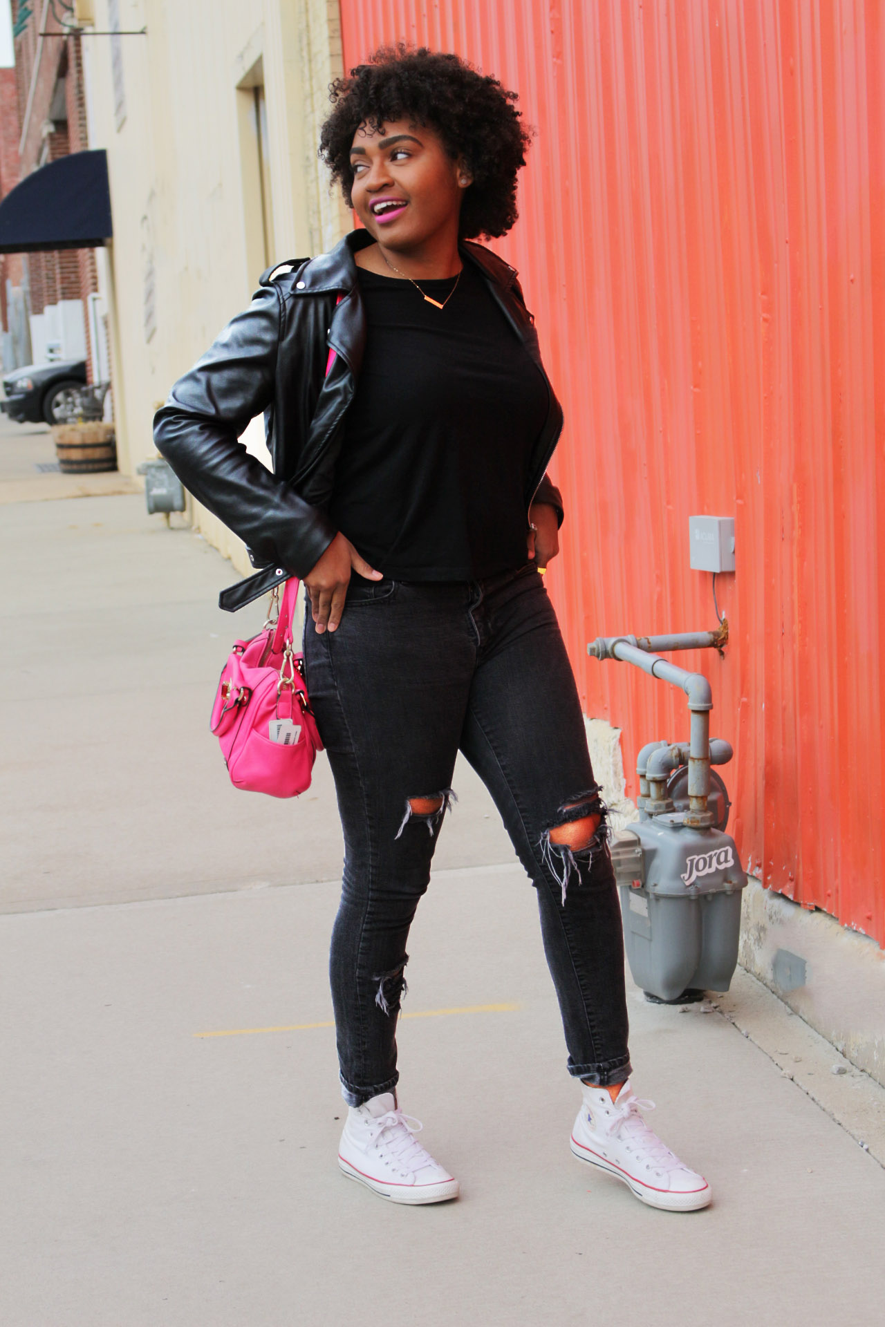 How to Wear All Black With a Colorful Personality by fashion blogger jasmine cooper