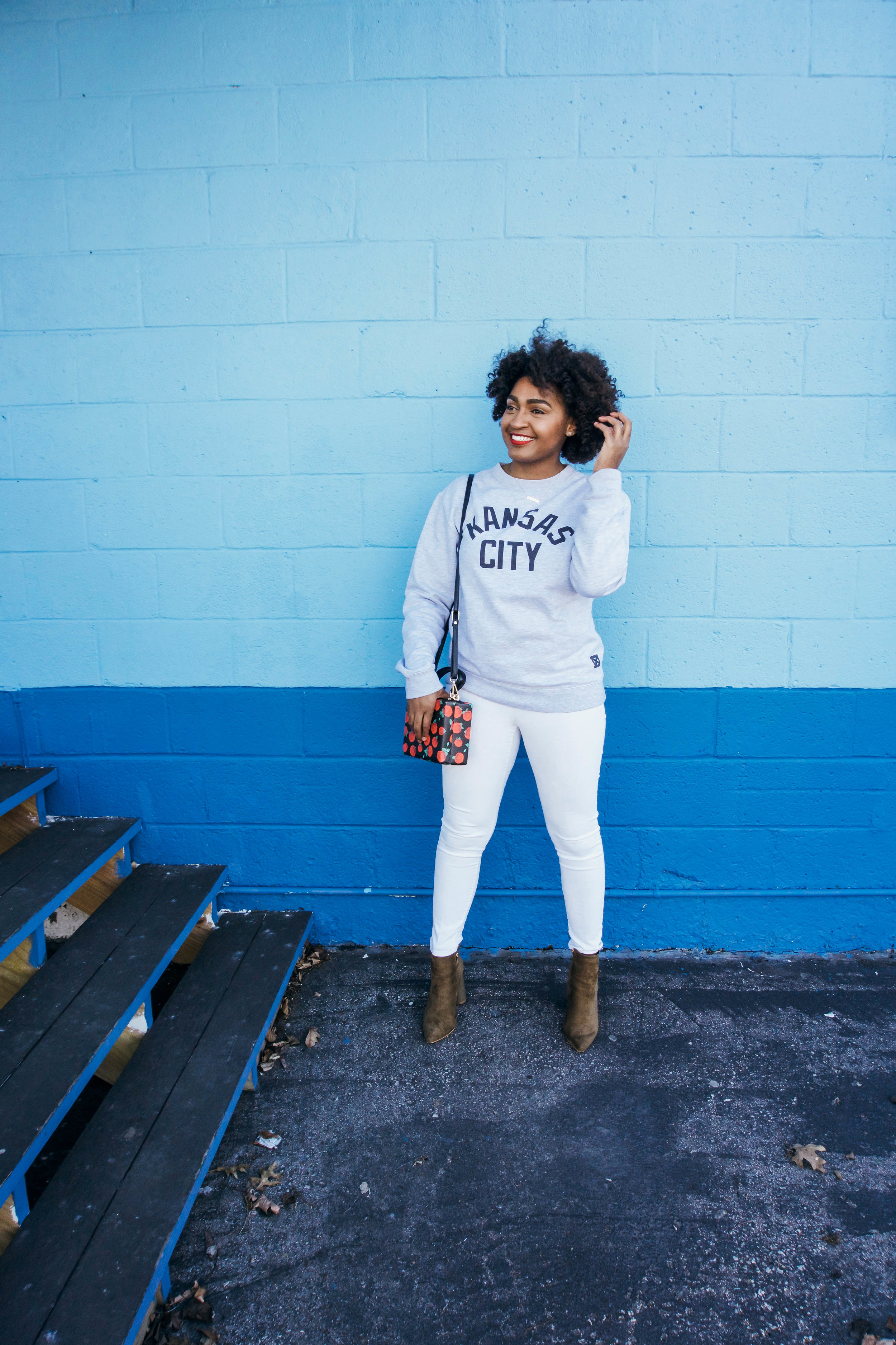 MADE Urban Apparel and jasminediane.com style for spring with white pants and olive green booties.