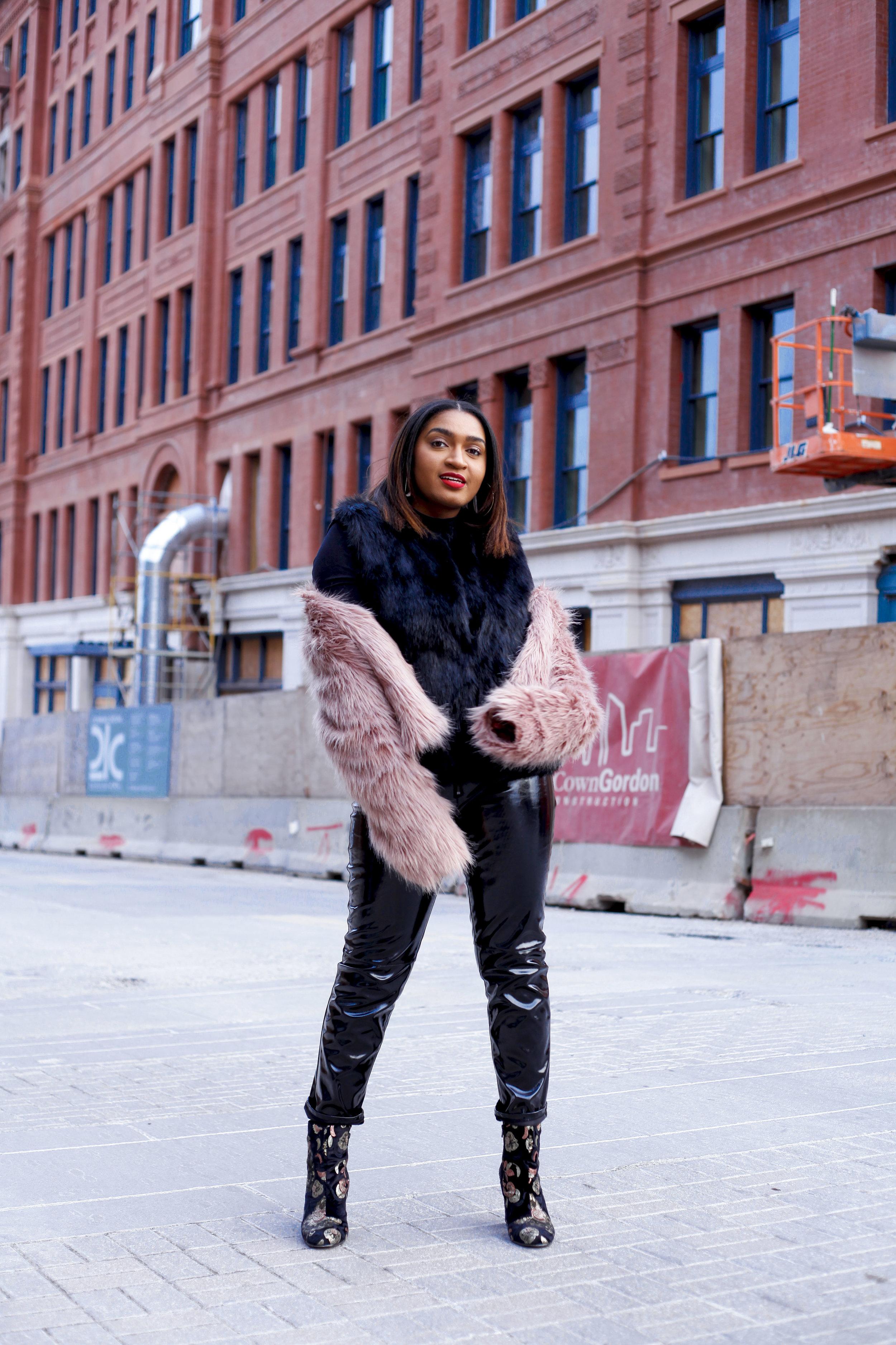 Downtown kansas city fashion blogger, jasmine diane