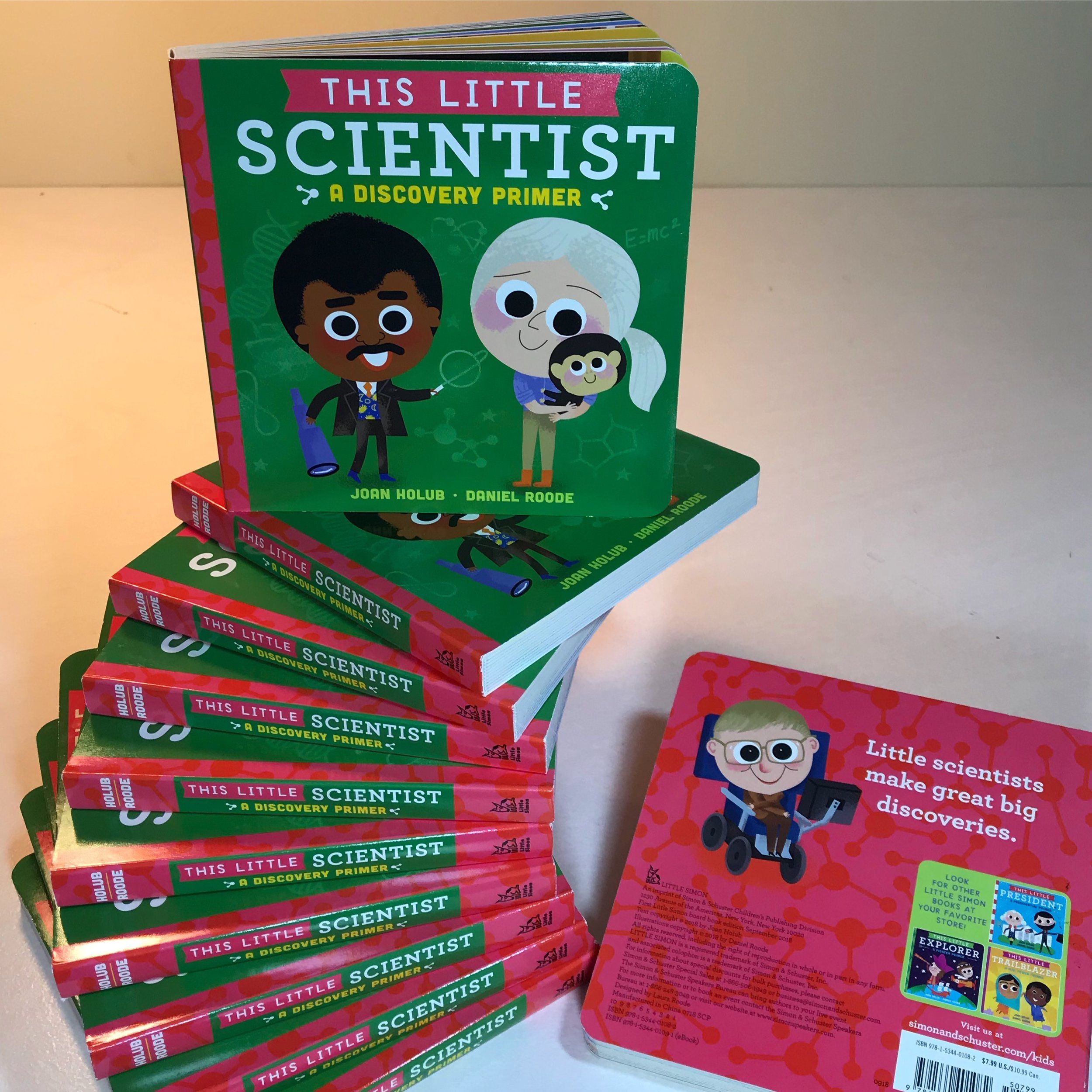 Amazon    *    Barnes & Noble    •    Books-A-Million    •    Indiebound    •    Little Simon     •    WEBSITE LINK     Asking why.    Then making a guess.   Asking how.    Then proving with tests.    Little scientists make great big discoveries.