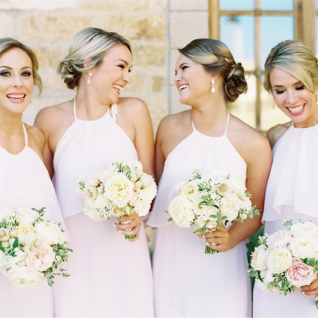 Loving this darling bridal party! Photography: @michellewarren_mwfoto  Florals: @camelliafloraldesign  Event Planner: @alexandrakr  Venue: @sunstonewinery