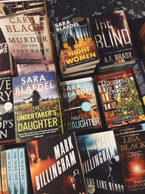 Bouchercon Book Room6.jpg