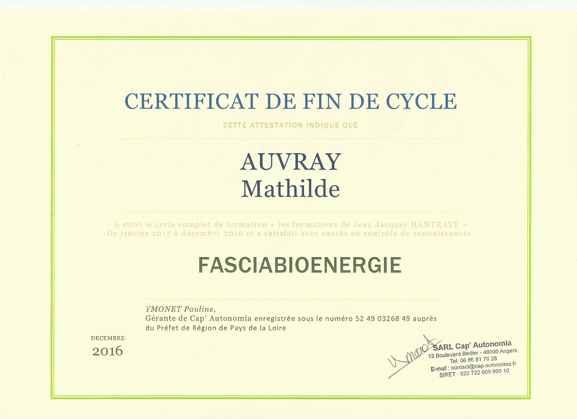 Certificat de formation en FasciaBioénergie - Une formation acquise en 2 ans auprès de Jean-Jacques Hentraye.Cette formation approfondira mes connaissances en anatomie et en énergétique, me donnera des bases de réflexion nouvelles qui complètent parfaitement ma pratique du Reiki.