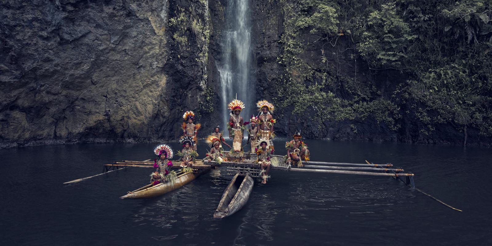 Jimmy Nelson - XXXIII 1 Uramana clan, Amuioan,  Tufi, Papua New Guinea, 2017