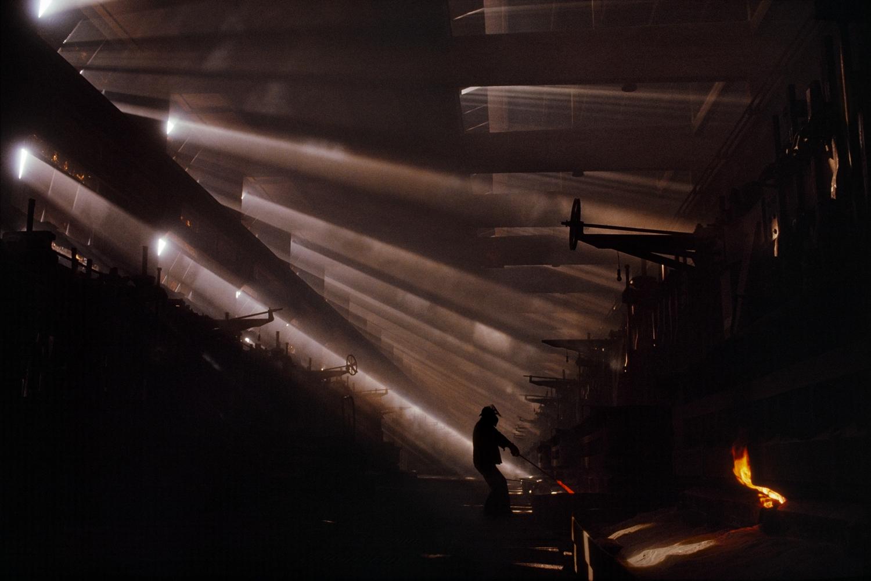 James Nachtwey - Ziar nad Hronom, Czechoslovakia 1990