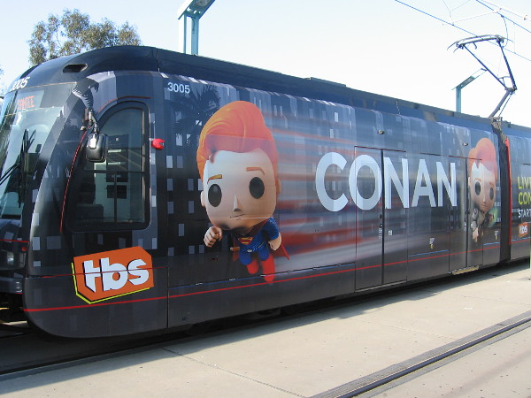 img_5951z-exactly-like-last-year-2016-san-diego-comic-con-trolley-wraps-sponsored-by-tbs-feature-conan-obrien-turned-into-crazy-funko-pop-characters.jpg
