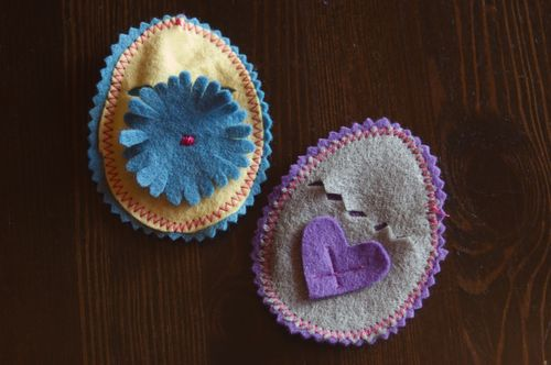 Felt Egg Pockets by Rachel Wolf