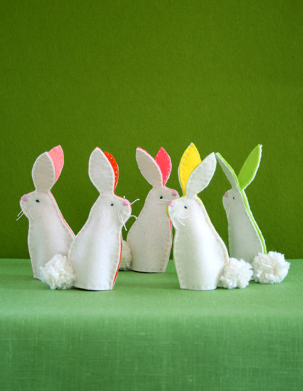 Bunny Fingerpuppets by Purl Soho