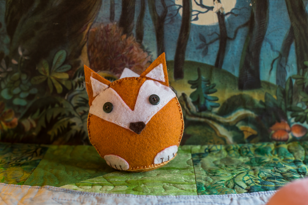 Fox stuffy for children to sew | Autumn crafts in the Forest Fairy Crafts  books by Lenka Vodicka-Paredes and Asia Curry. Handwork and enchanted ideas for children of all ages.