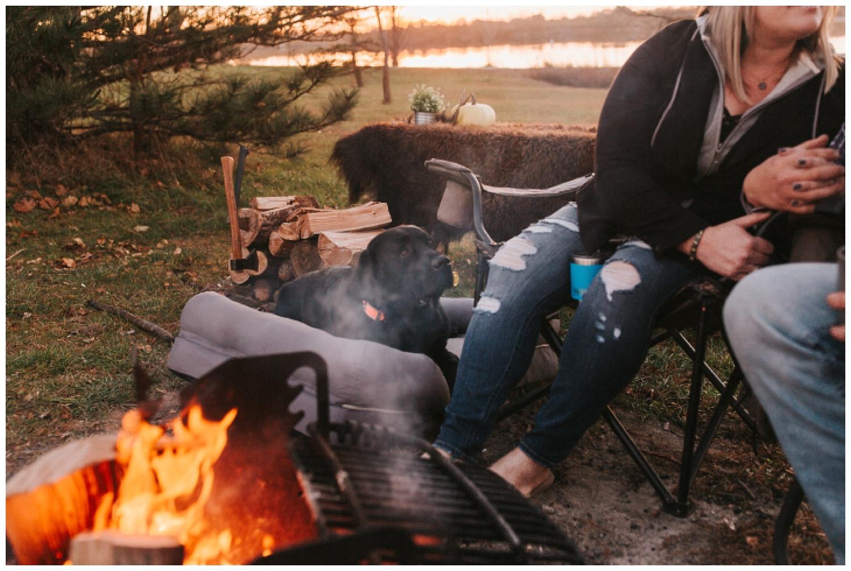 cozy_campfire_campsite_engagement_anniversary_session_nebraska_photographer_haley_chicoine_adventureous_wedding_0024.jpg
