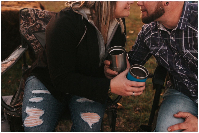 cozy_campfire_campsite_engagement_anniversary_session_nebraska_photographer_haley_chicoine_adventureous_wedding_0028.jpg