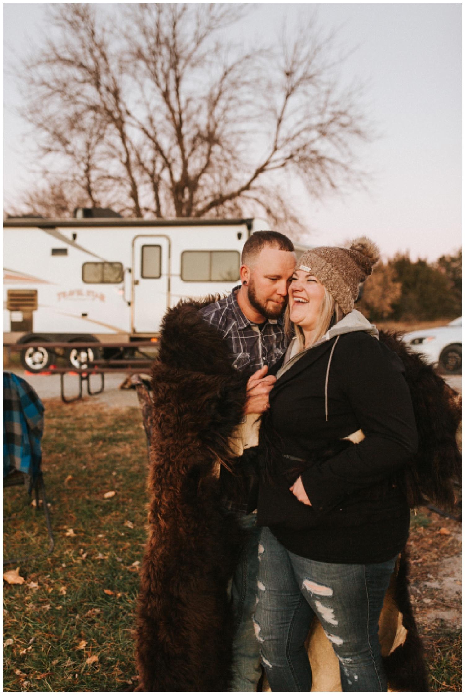 cozy_campfire_campsite_engagement_anniversary_session_nebraska_photographer_haley_chicoine_adventureous_wedding_0030.jpg