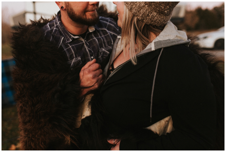 cozy_campfire_campsite_engagement_anniversary_session_nebraska_photographer_haley_chicoine_adventureous_wedding_0031.jpg