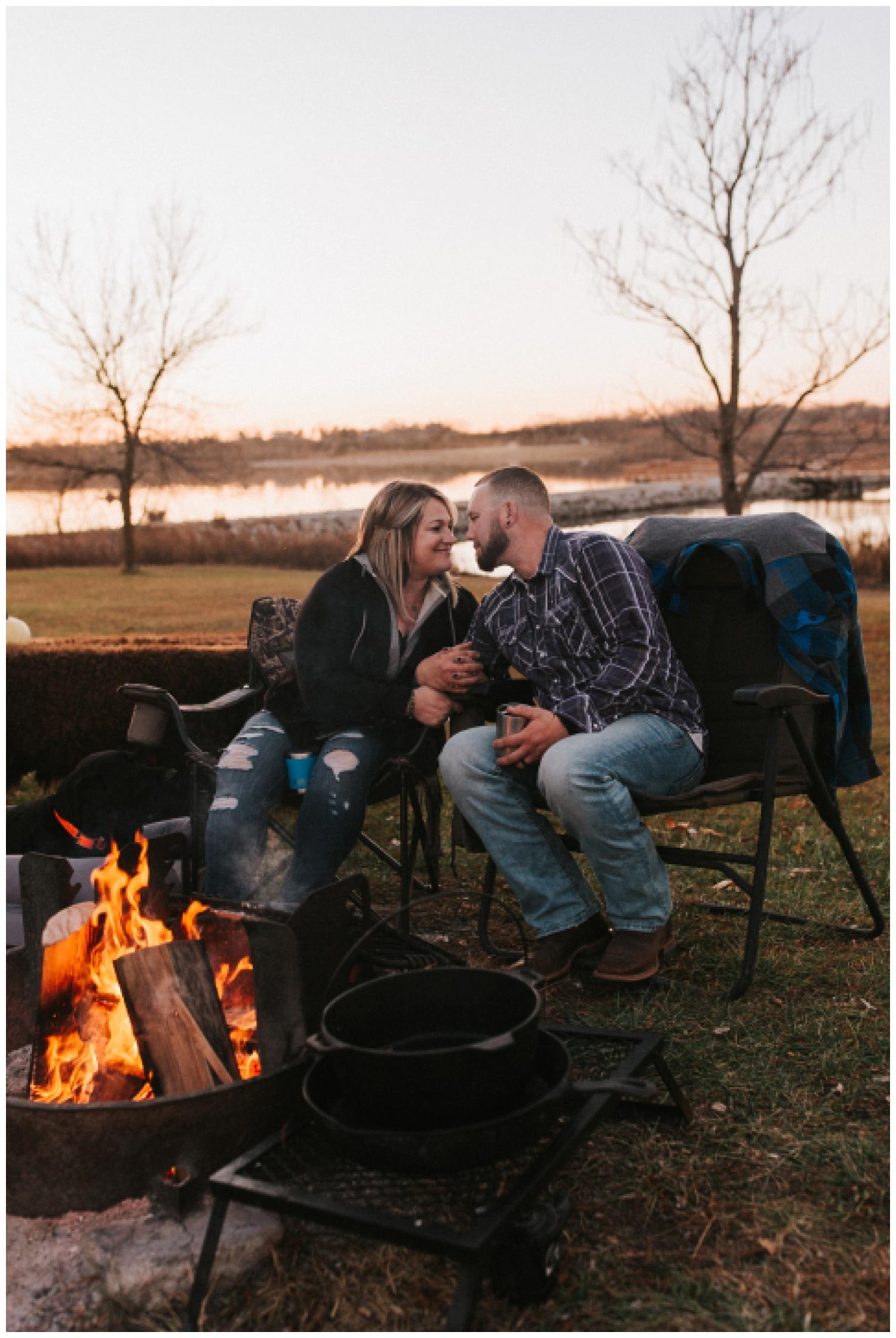 cozy_campfire_campsite_engagement_anniversary_session_nebraska_photographer_haley_chicoine_adventureous_wedding_0033.jpg