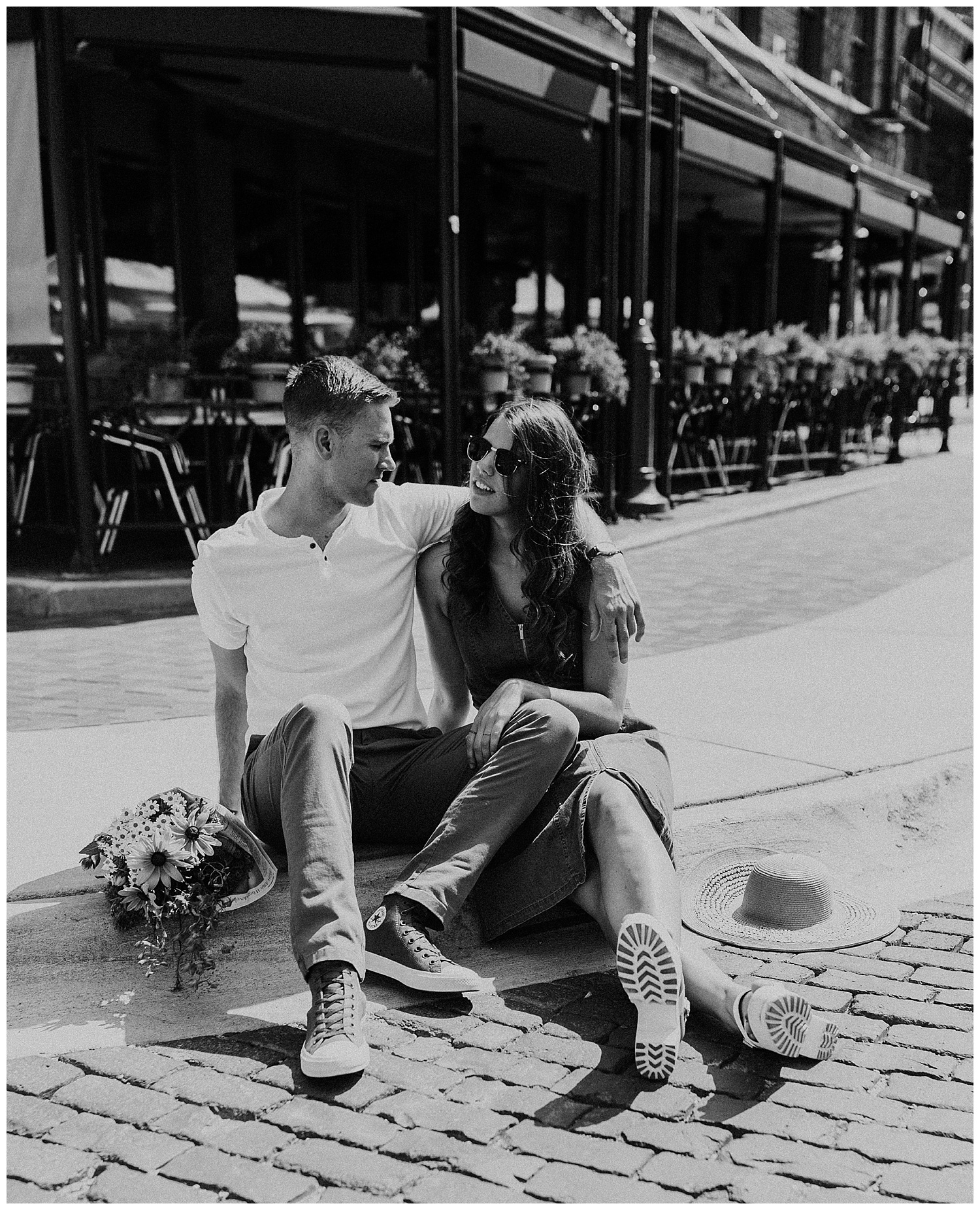 adventurous_photographer_farmers_market_engagement_session_love_midwest_travel_destination_photographer_haley_chicoine_0011.jpg