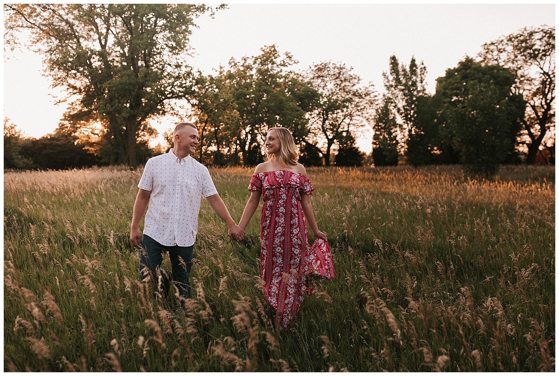 golden_hour_engagement_session_haley_chicoine_traveling_weddingphotographer_adventurouslovestories_love_engagement_nebraska_0042.jpg