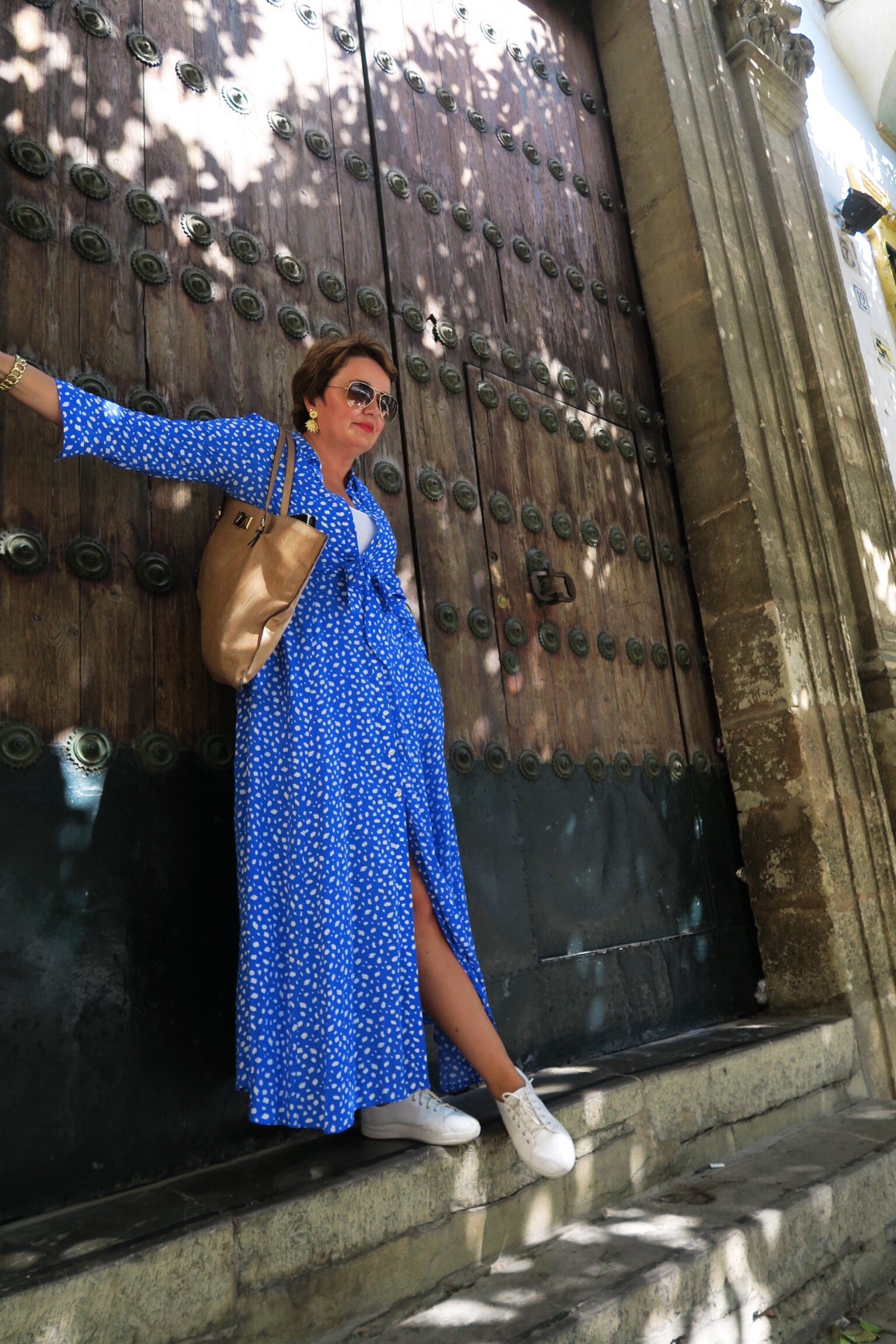 Susie Cormack Bruce wearing Zara dress and Fitflops on Sincerely Yours Susie blog post on Seville.JPG