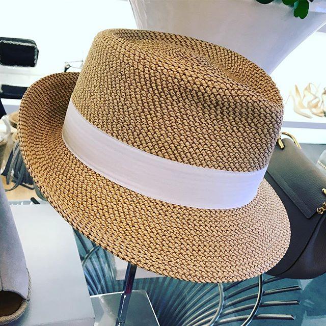 Suddenly it's a daily thing ☀️ - #hatsforsale 👑#walinandwolffloves . #walinandwolff #WWloves #NewCanaan #SouthportCT #RyeNY #designershoes #handbags #luxury #shoplocal #favorites #stylishlady #shoponline #fairfieldcounty #westchestercounty #armonk #greenwich #darien #westport #fairfield #fashionblogger #streetstyle #lovehowyoulook #hats #seekingshade #ericajavits