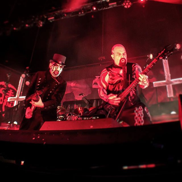 Kerry King with King Diamond performing the Mercyful Fate song 'Evil' .. Bristow, Virginia, July 24, 2015