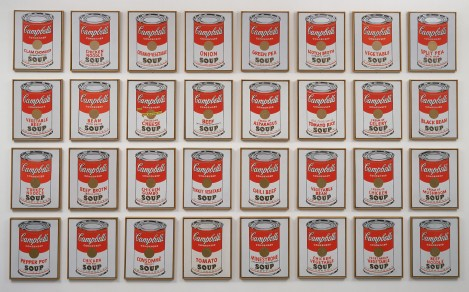 32 Campbell's Soup Cans 1962 - Andy Warhol